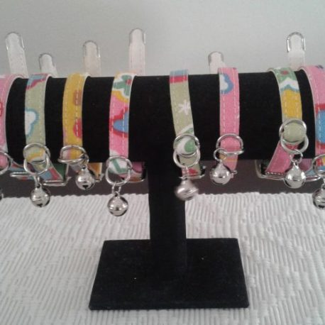 POOCHES COLLARS-SMALL